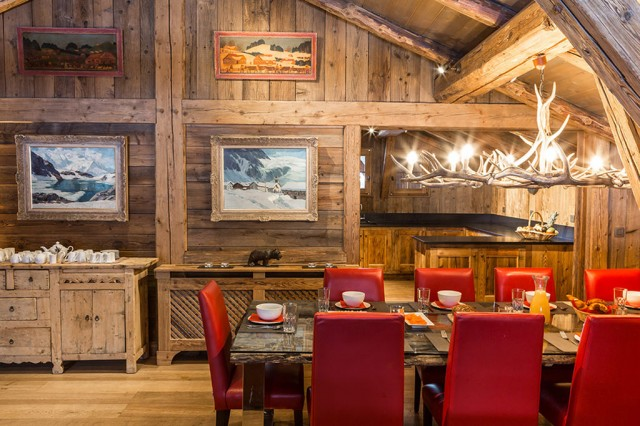 Luxury Chalet Chamonix - Chalet Baloo - Dining Area