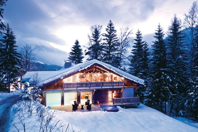 Luxury Chalet Chamonix - Chalet Baloo - Exterior Snow