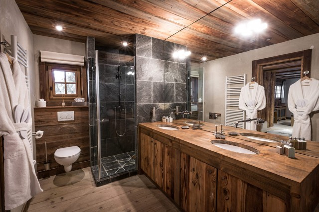 Chalet Amazonia - Amazon Creek Bathroom